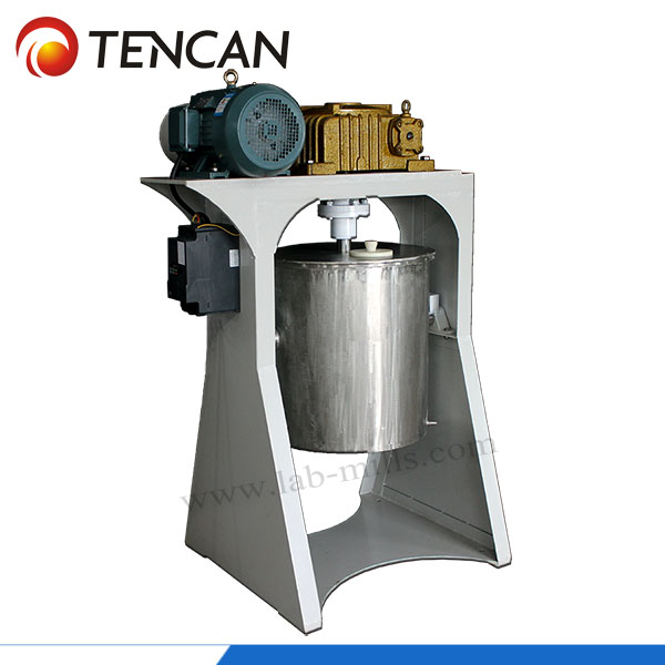 Production type stirred ball mill